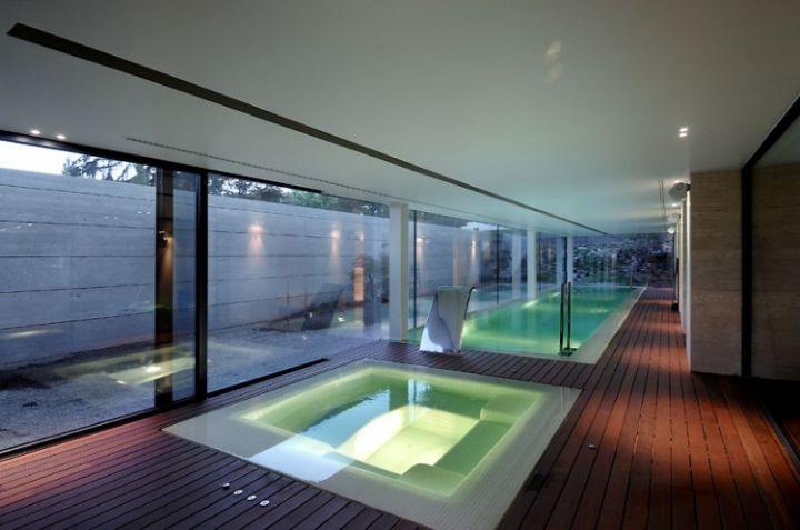 House-in-Las-Rozas-24-750x497