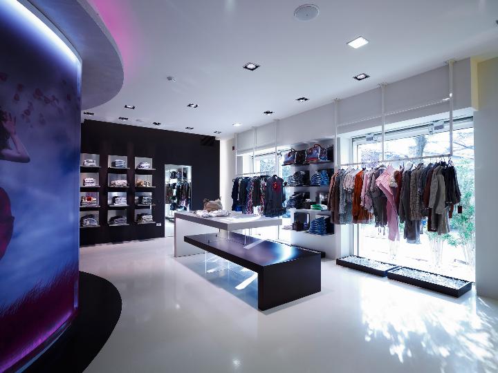 alberto apostoli ELISEO fashion store 04