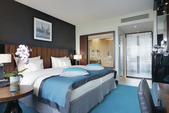 The Radisson Blu Hamburg chooses Kaldewei 3