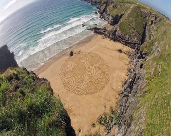 Tony disegni sulla sabbia 03