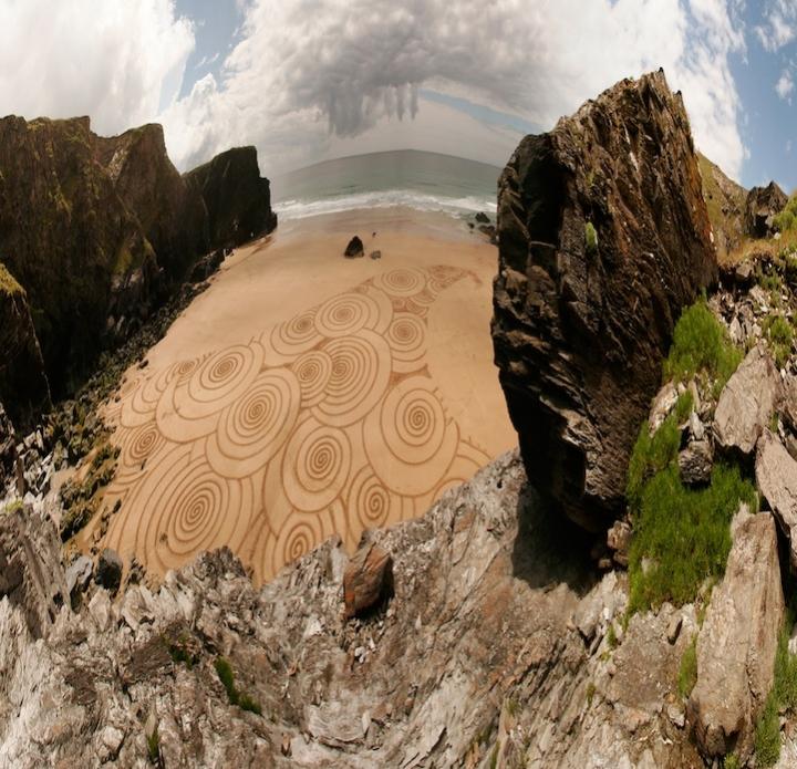 Tony disegni sulla sabbia 07