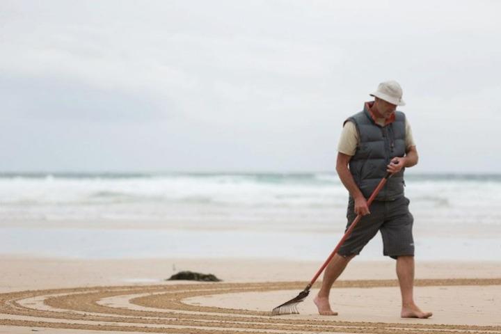 Tony disegni sulla sabbia 08