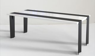 Duffy London Runner Table 01
