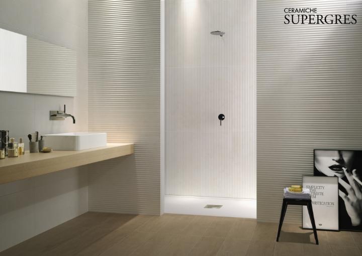 Re si de il rivestimento bagno che riproduce l eleganza del marmo e della pietra naturale - Piastrelle pietra bagno ...