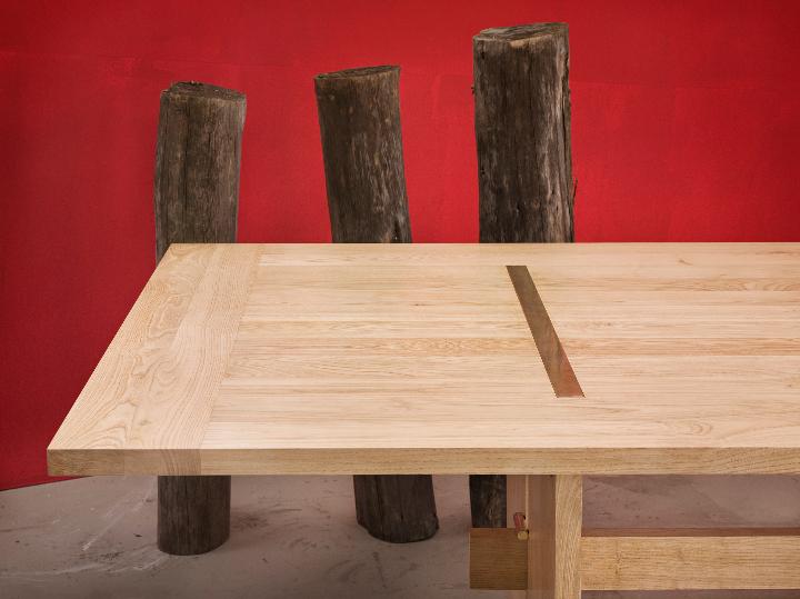 Table, Seri manch