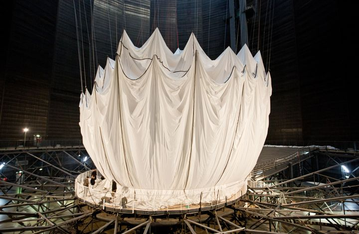 christo jeanne claude big air package-010