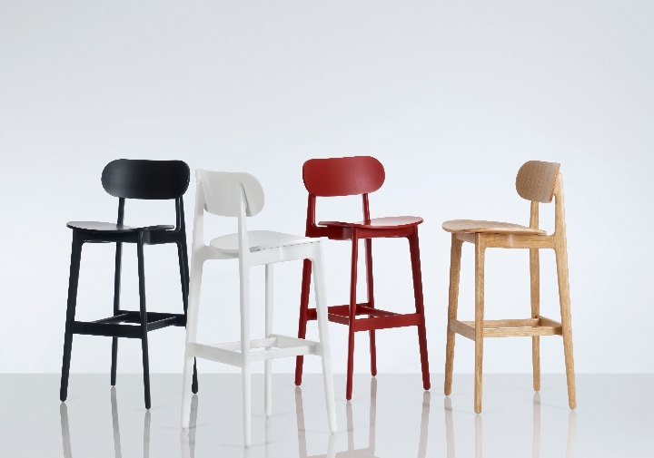 PLC Stools Group-Horizon Line by Pearson Lloyd 1