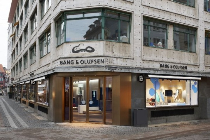 BO-store-opening-pic-4-by-photographer-Flemming-leitorp.jpg 595