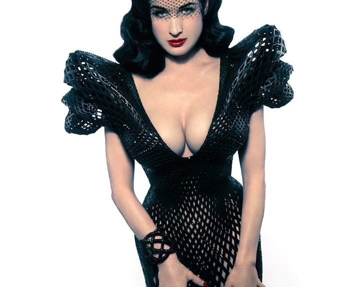 Dita Von Teese dress 3d printing 01