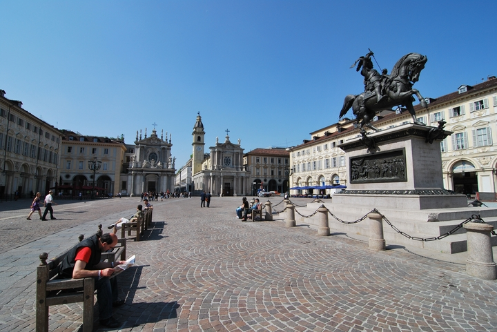 1371-Turin piazza san carlo 2009