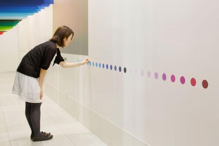 Emmanuelle-Moureaux-100-χρώματα-designboom-08