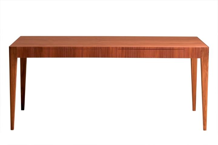 Table Malibu 01