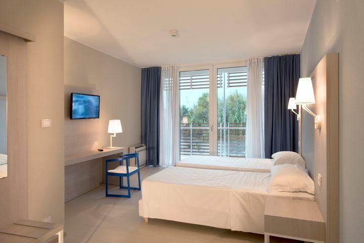 BI 1311-14 Hotel Capo Nord Albarella 06