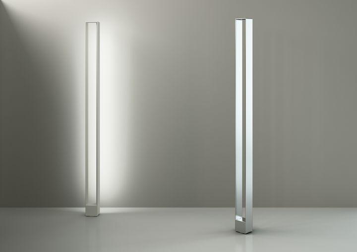 Tru, lampada da terra per Nemo Cassina, design Roberto Paoli ...