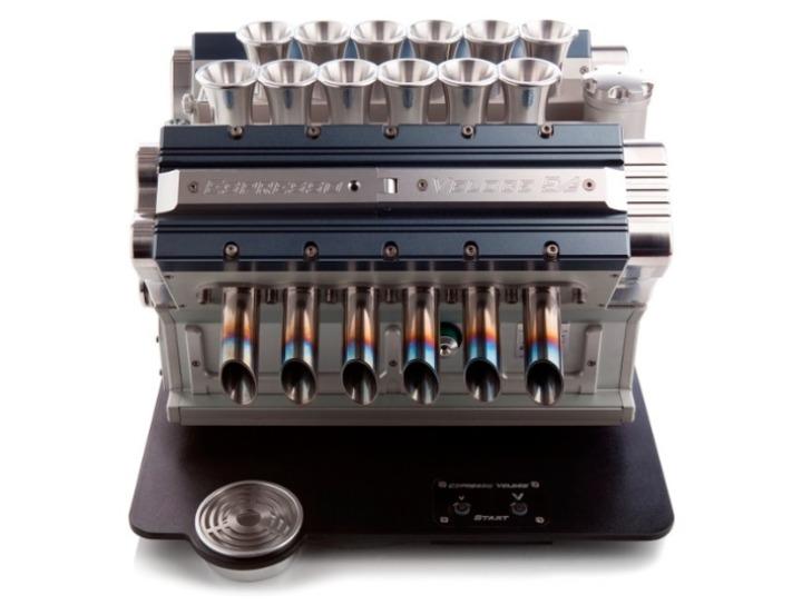 V12-Maquina Express-referencias-grand-prix-motores-Designboom-04