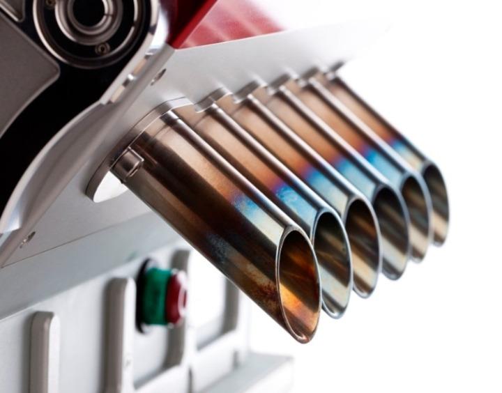 V12-espresso-machine-references-grand-prix-engines-designboom-07
