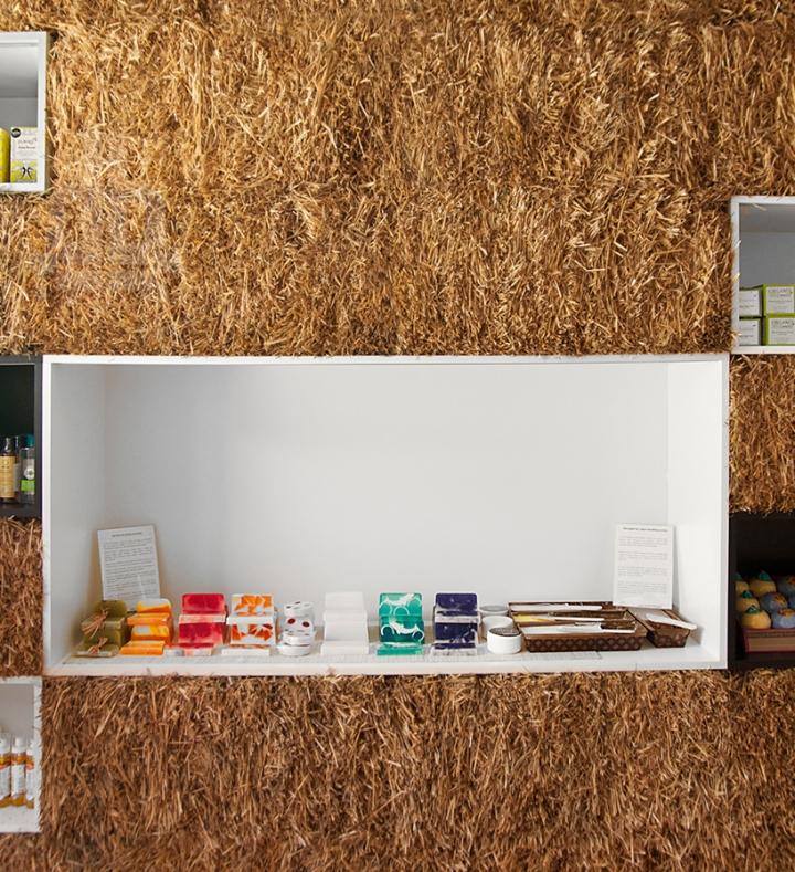 -Hornowski-design-pieknalia-palha-cosméticos-boutique-designboom02img