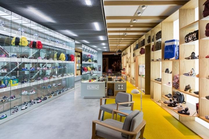 MUNICH-Shop-by-CuldeSac-Barcelona-Spanien-02