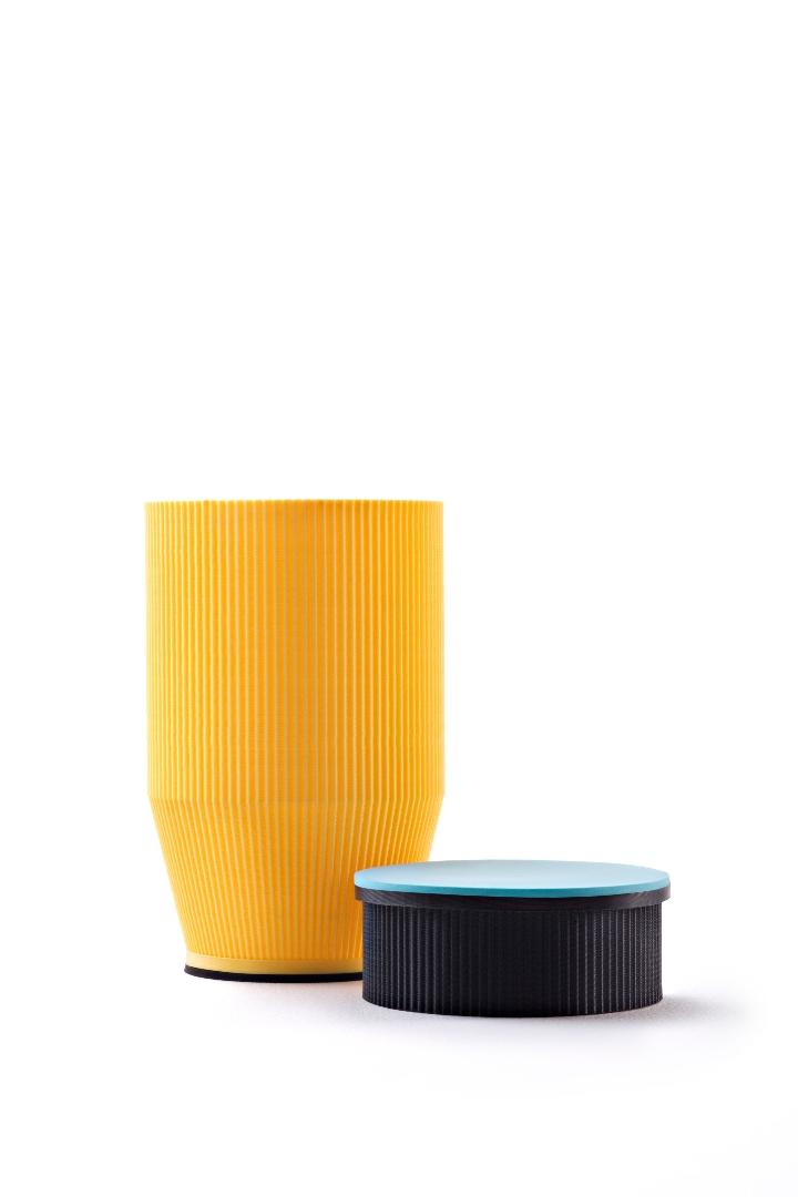 M04-amarillo-y-Azul-Alberto-Parise 1