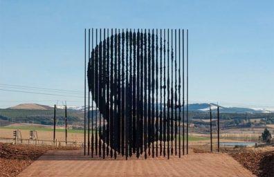 Mandela-escultura-por-Marco-Cianfanelli3-640x425