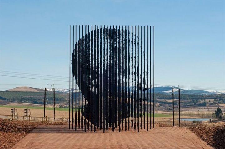 Mandela-Sculpture by-Marco-Cianfanelli3-640x425