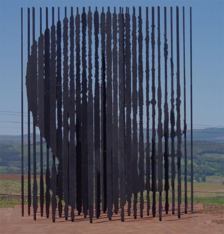 Mandela-Sculpture-by-Marco-Cianfanelli4-640x670