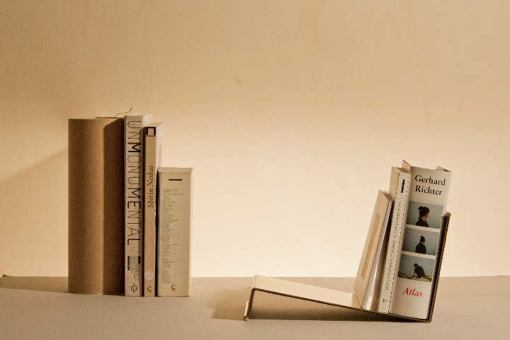 RestartMilano bookshelf