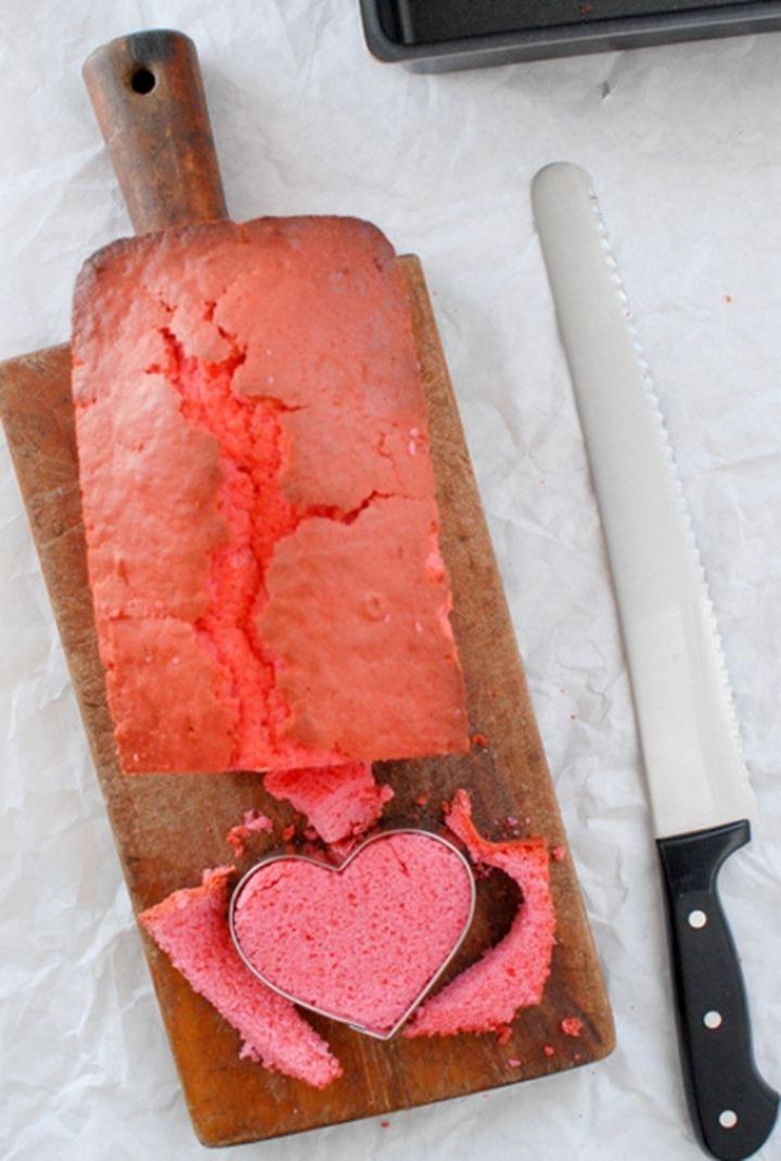 Dolci di San Valentino un plumcake con un cuore dentro 04