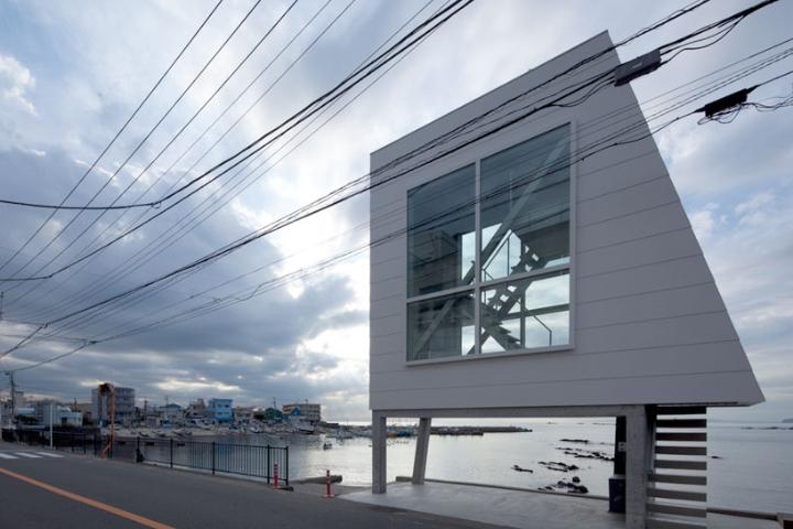 Yasutaka-Yoshimura-arquitetos-window-house-designboom-02