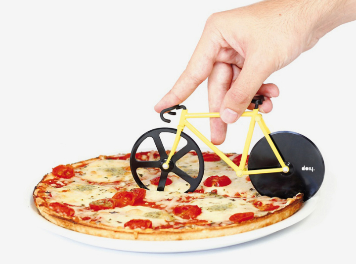 fixie-pizza-cutter-slices-with-bike-wheels-081
