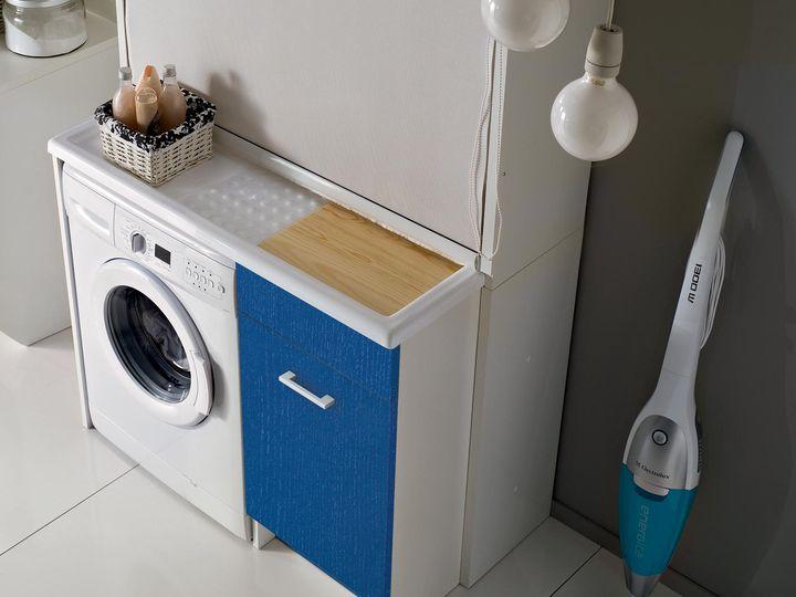 Colavene mobili bagno e lavanderia social design magazine - Mobile bagno con portabiancheria ...