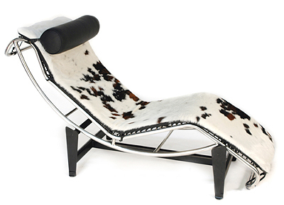 The chair Chaise Longue Le Corbusier Pierre Janneret Charlotte Perriand