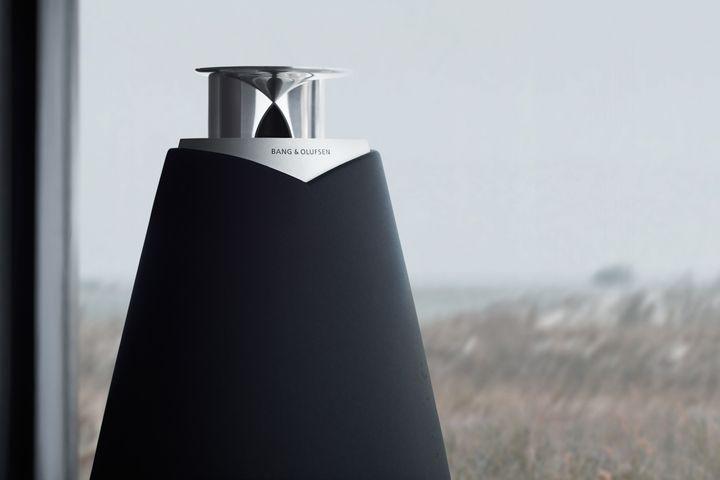 Bang & Olufsen BeoLab 20-001 projeto revista da empresa coluna sem fios