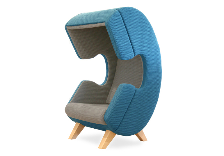 ruud-van-de-wier-FirstCall-chair-designboom04