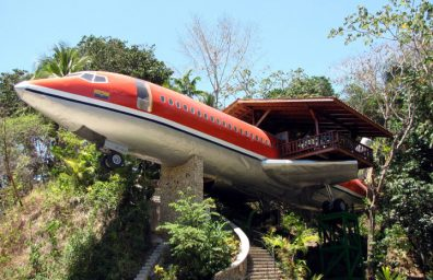 boeing-727-transformed into suites in Costa Rica Social Design Magazine-01
