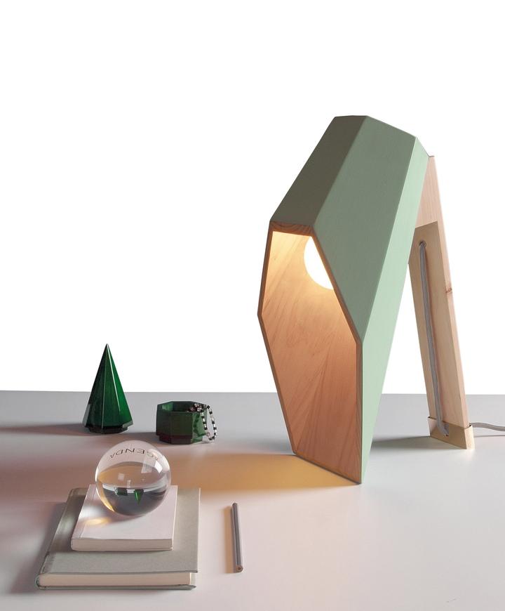Lámpara woodspot Alessandro Zambelli Social Design Magazine-04