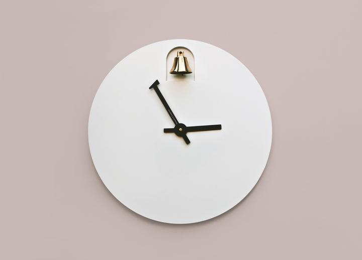Alessandro Zambelli Uhr Dinn Social Design Magazin-02