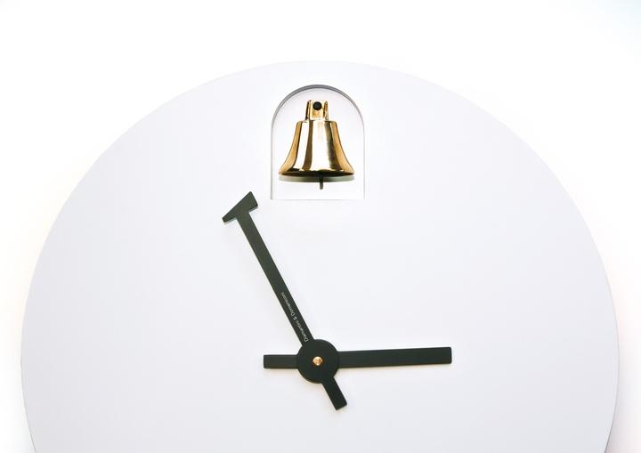 Alessandro Zambelli clock Dinn Social Design Magazine-08
