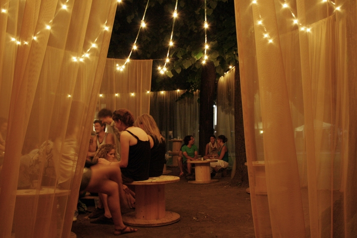 2014 portholes Chill-out pavilion Social Design Magazine-10