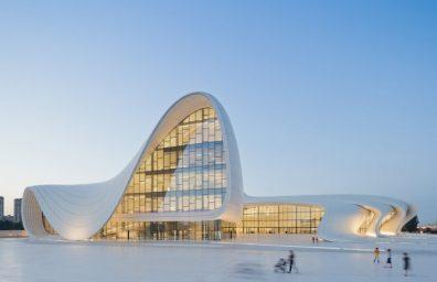 Heydar Aliyev Centro de Zaha Hadid Design Social Revista-01
