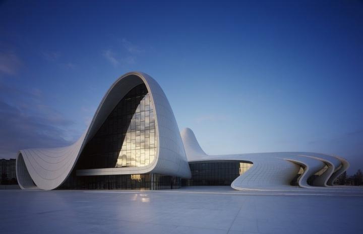 Heydar Aliyev Centro de Zaha Hadid Design Social Revista-03