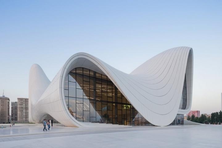 Heydar Aliyev Centro de Zaha Hadid Design Social Revista-09