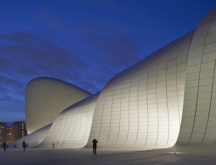 Heydar Aliyev Centro de Zaha Hadid Design Social Revista-12