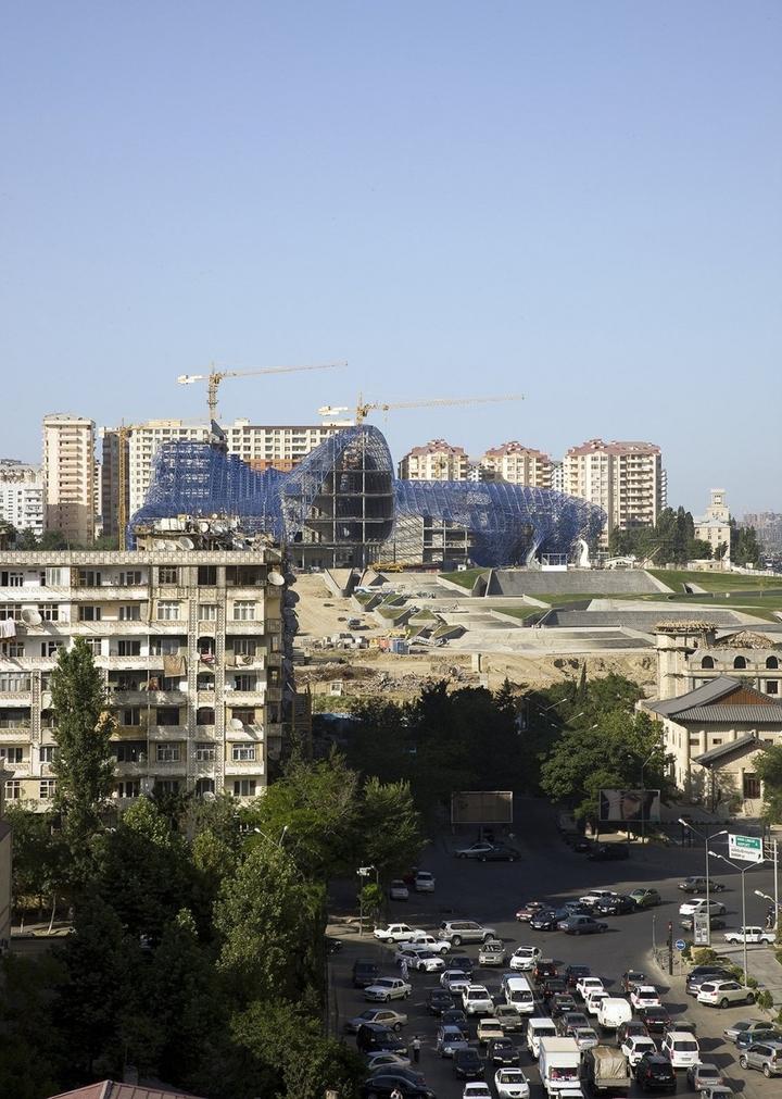 Heydar Aliyev Centro de Zaha Hadid Design Social Revista-27