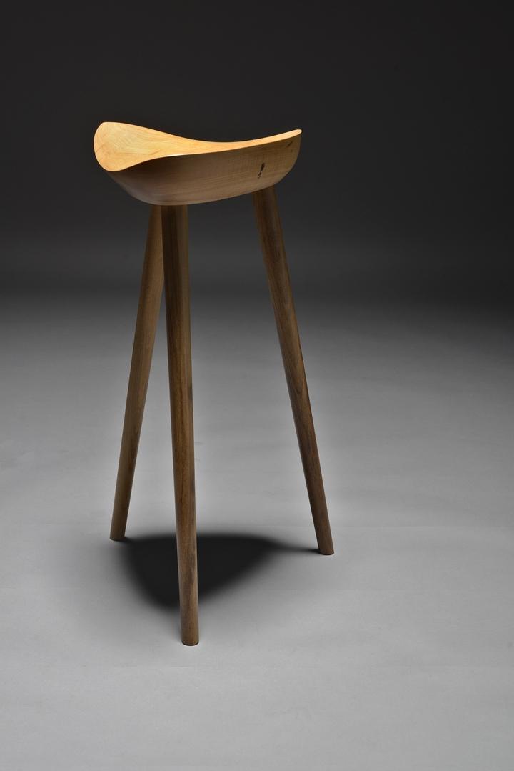 Sgabelli In Legno Design.Sgabello In Legno Tropicale Sela Design Ricardo Graham