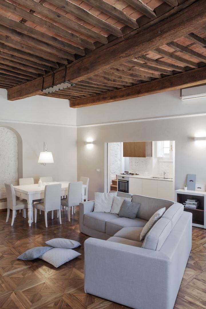 studiovo appartamento storico a Lucca Social Design Magazine 02