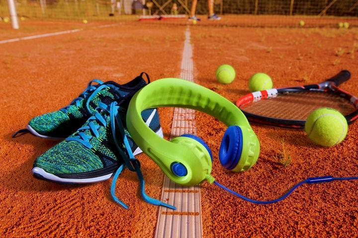 Tênis elétrica