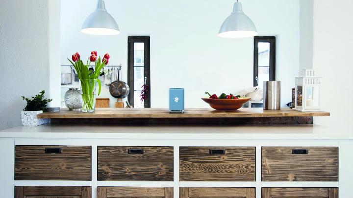 blaue Holzküche