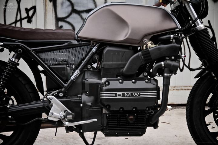 Custom BMW K 75 tracker lari pa moto Sumisura konsepsyon sosyal magazin 08