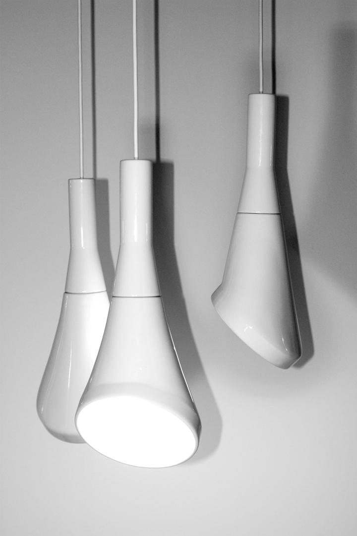 Blanc pendentif bruit lampe en RODRIGO Vairinhos design social magazine 24